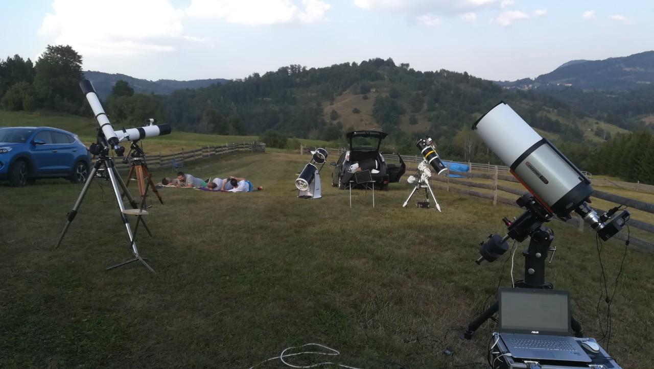 Teleskopi -